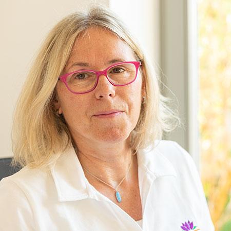 Annegret Scholte medizinische Heilpraktikerin und psychologische Beraterin